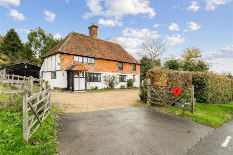 Scotts Hill, Outwood, RH1. 4 bedroom detached house for sale
