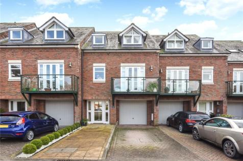 William Cawley Mews, Broyle Road, PO19. 3 bedroom terraced house