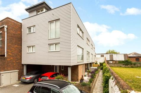 The Print Works, St Johns Street, Chichester, West Sussex, PO19. 4 bedroom end of terrace house for sale