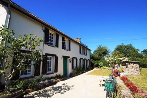 Normandy, Manche, near Tessy sur Vire. 4 bedroom house