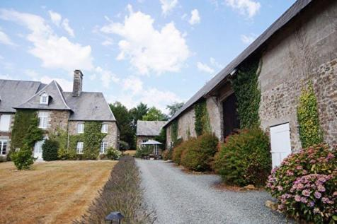 Normandy, Manche, near Hambye. 4 bedroom house