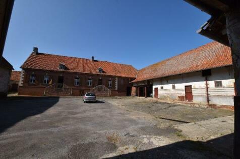 Near Boubers sur Canche, Pas de Calais, Hauts de France. 3 bedroom house