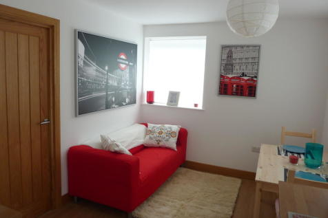 Balfour House, Winchester. 2 bedroom apartment