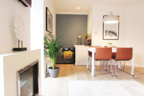 Eastgate Street, Winchester. 2 bedroom apartment
