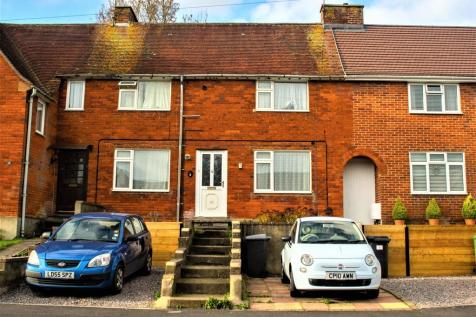 Cromwell Road, Stanmore, Winchester. 4 bedroom terraced house