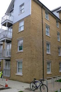 Bingley Court, Canterbury, Kent, CT1. 2 bedroom apartment