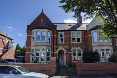 Plymouth Road, Penarth,. 2 bedroom ground floor flat