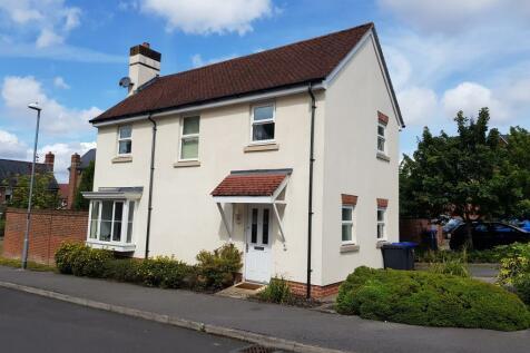 Pilgrims Way, Laverstock, Salisbury. 3 bedroom house