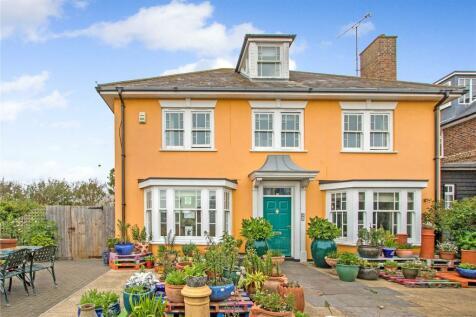 Aldeburgh, Suffolk property