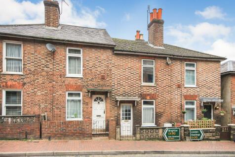 Victoria Road, Tunbridge Wells. 2 bedroom terraced house