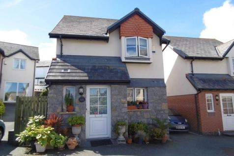14 Pentre Wech, Conwy, North Wales - Detached / 2 bedroom detached house for sale / £175,000