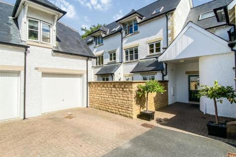 Acorn Close, The Cedars - a stunning 3 bed townhouse. 3 bedroom town house for sale