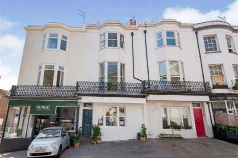 Montpelier Place, Brighton. 3 bedroom terraced house