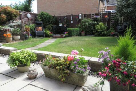 Pealsham Gardens, Fordingbridge. 3 bedroom semi-detached house