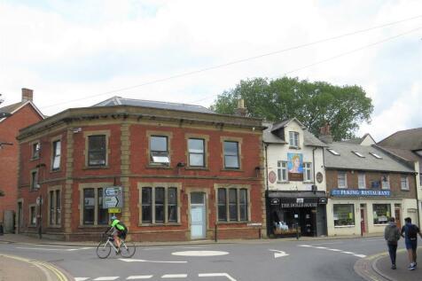 Bridge Street, Fordingbridge. 2 bedroom bungalow