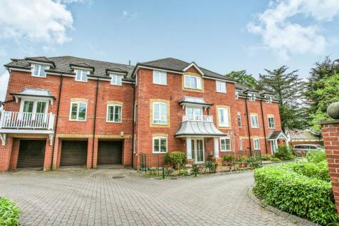Salisbury Road, Fordingbridge. 2 bedroom flat