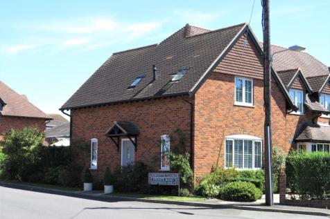 Charlotte Close, Downton, Salisbury. 3 bedroom semi-detached house