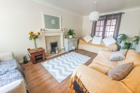 Britannia Way, Gosport. 6 bedroom detached house for sale