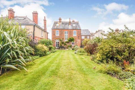 Elmhurst Road, Gosport. 4 bedroom detached house for sale