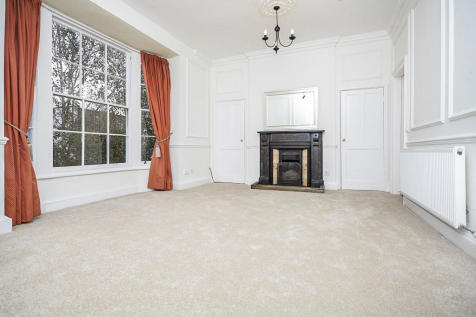 Prince Street, Hull. 3 bedroom town house for sale