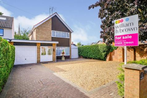 The Crescent, Phippsville, Northampton. 3 bedroom detached house for sale