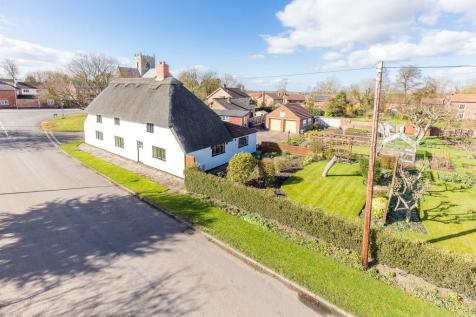 Ingham Road, Stow, Lincoln. 4 bedroom detached house for sale