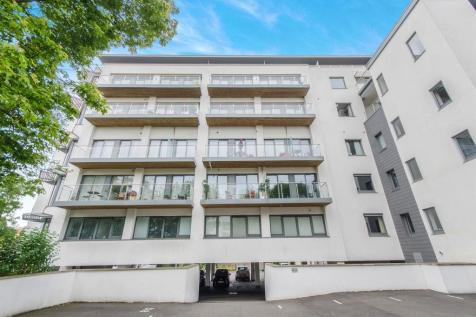 Seldown Lane, Poole. 2 bedroom flat