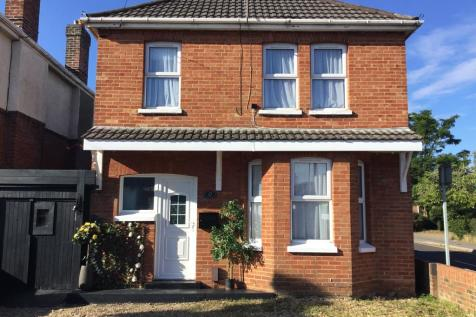 Rosemary Road, Poole. 3 bedroom detached house