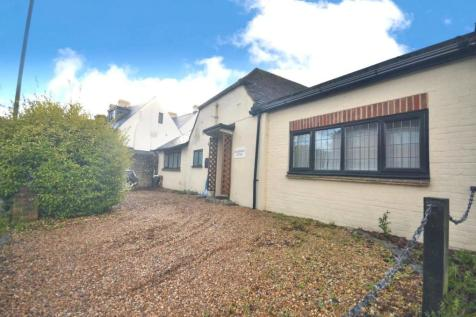 Firle Road, Seaford. 3 bedroom semi-detached bungalow for sale