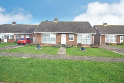 Fairways Close, Seaford. 3 bedroom detached bungalow for sale