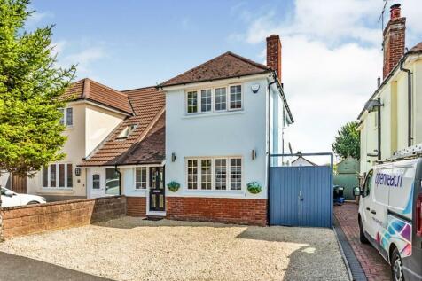 Testwood Place, Totton, Southampton. 3 bedroom semi-detached house