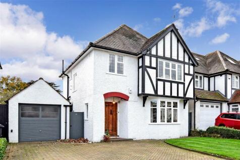 Whitgift Avenue, South Croydon, Surrey. 3 bedroom detached house for sale