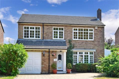 Orchard Way, Shirley, Surrey. 4 bedroom detached house