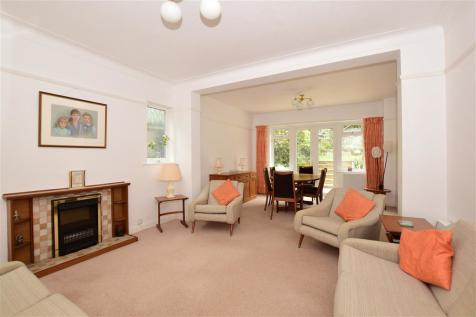 Pinewood Close, Shirley, Croydon, Surrey. 5 bedroom detached house for sale