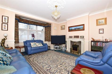 Upper Shirley Road, Shirley, Croydon, Surrey. 4 bedroom detached house for sale