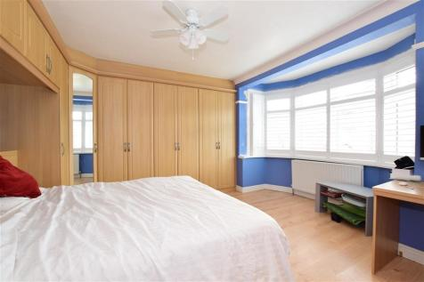 Rochester Gardens, Ilford, Essex. 5 bedroom semi-detached house