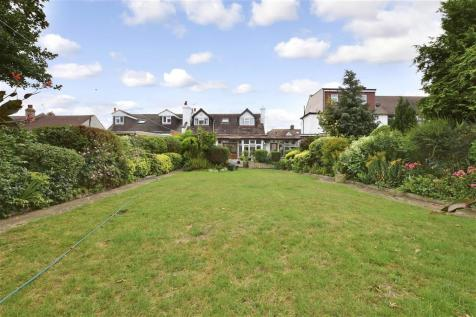 Meadway, Ilford, Essex. 4 bedroom bungalow for sale