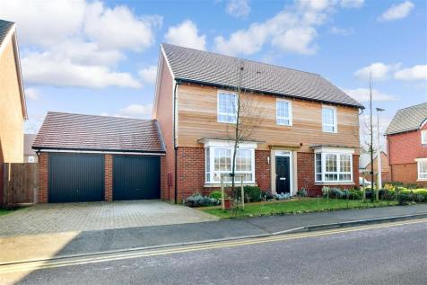 Blackwall Road South, Ashford, Kent. 4 bedroom detached house for sale