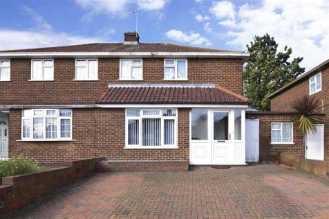Bedonwell Road, Belvedere, Kent. 3 bedroom semi-detached house for sale