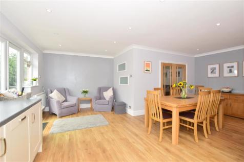 Shirley Way, Bearsted, Maidstone, Kent. 4 bedroom detached house for sale