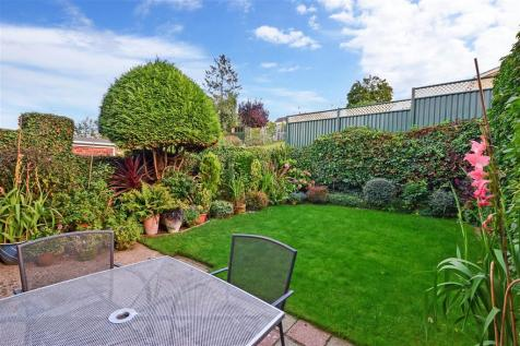 Hill Brow, Bearsted, Maidstone, Kent. 3 bedroom semi-detached house for sale