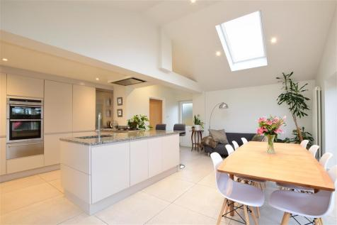 Fremlins Road, Bearsted, Maidstone, Kent. 4 bedroom detached house for sale