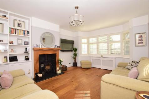 Copsewood Way, Bearsted, Maidstone, Kent. 4 bedroom semi-detached house for sale