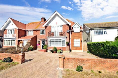 Fitzroy Avenue, Broadstairs, Kent. 4 bedroom semi-detached house
