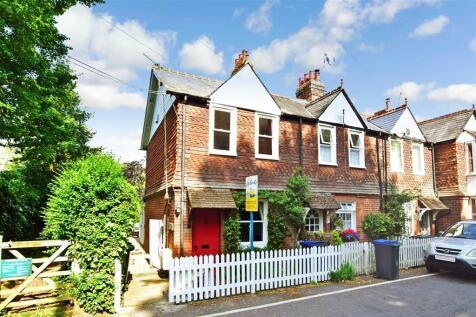 Nargate Street, Littlebourne, Canterbury, Kent. 2 bedroom end of terrace house