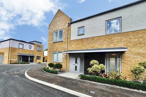 Brayebrook Road, Canterbury, Kent. 3 bedroom semi-detached house