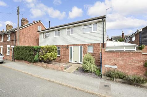 The Hill, Littlebourne, Canterbury, Kent. 4 bedroom detached house