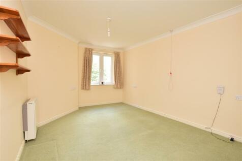 Sandgate Road, Folkestone, Kent. 1 bedroom apartment