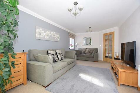 Carmans Close, Loose, Maidstone, Kent. 4 bedroom detached house