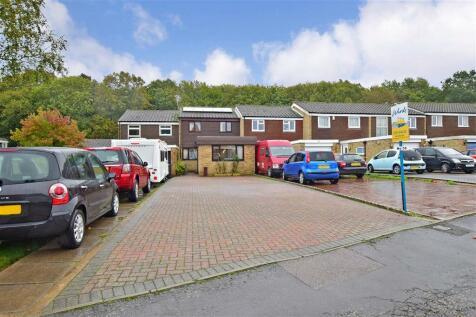 Highview, Vigo Village, Kent. 3 bedroom terraced house for sale